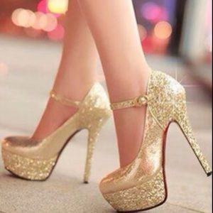 Glitter gold pumps